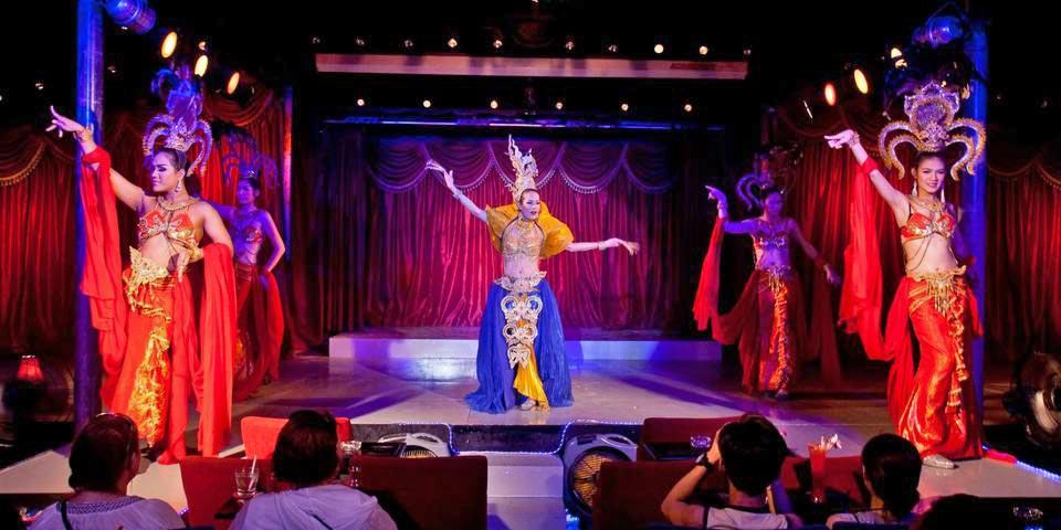 paris-follies-cabaret-show